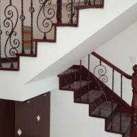 沈阳盛森励合实木楼梯供应专业的全屋定制|全屋定制厂家